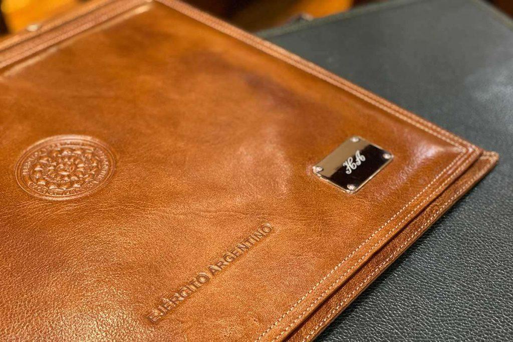 regalos-empresariales-corporativos-personalizados-losrobles1.jpg